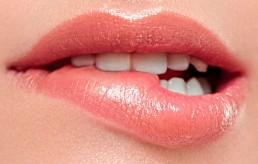 Lippen aufspritzen bei Frauen in Soest, Dortmund, Bochum